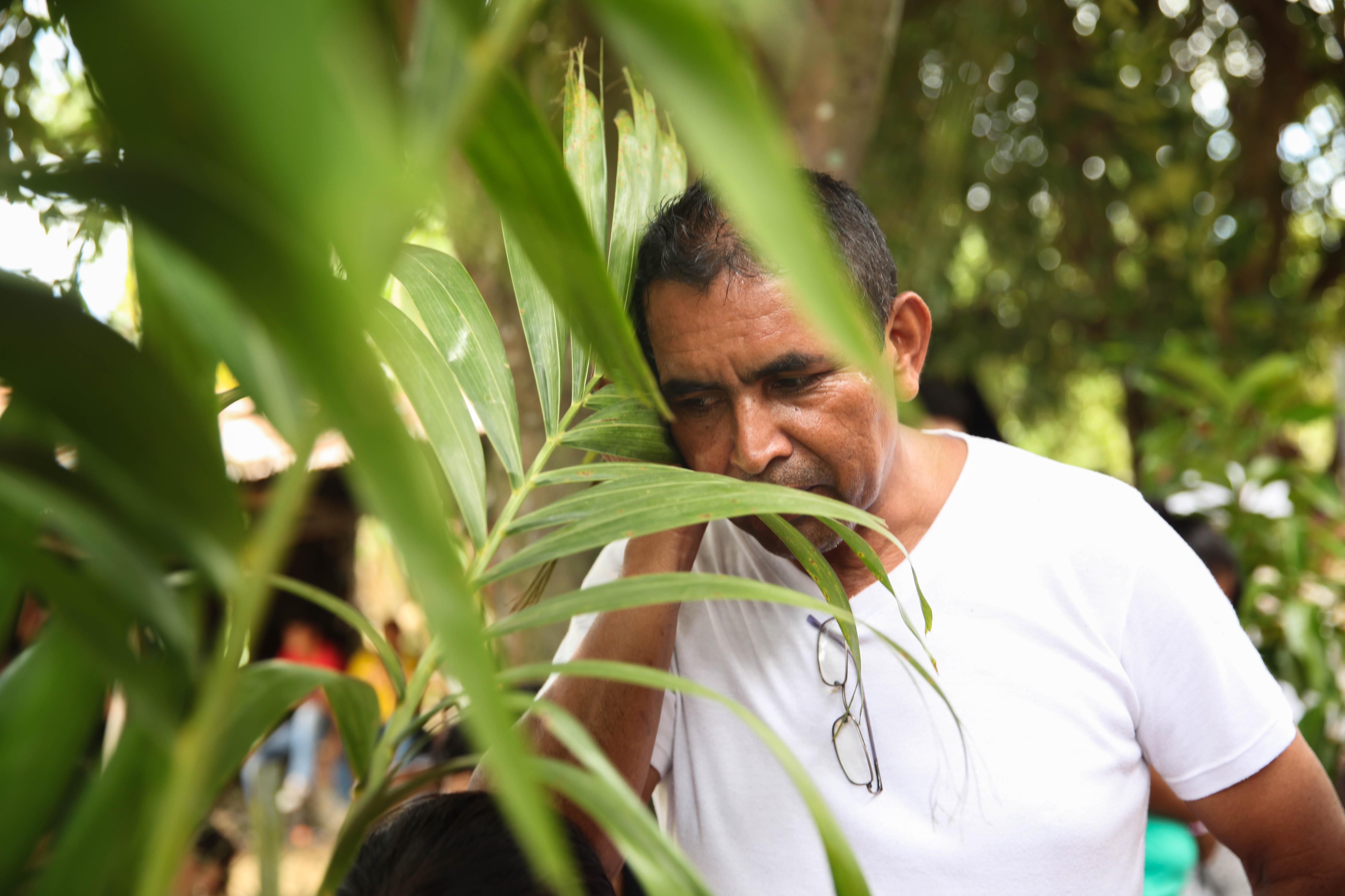 Leonel Vasquez Cantos Silentes en Cuerpos de Madera